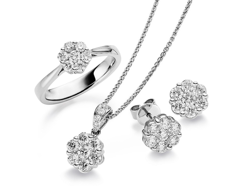 Des diamants oui, mais en forme de fleurs - Image ©DiamondGroup